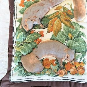 SQUIRREL PILLOW - PUFFY Squirrels Contour Stitched